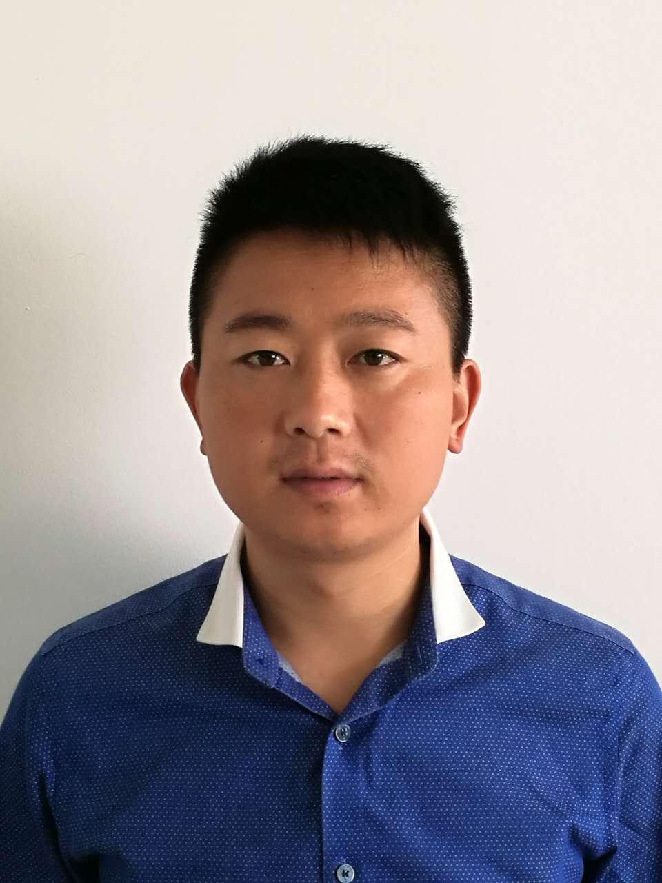 常务副会长王伟