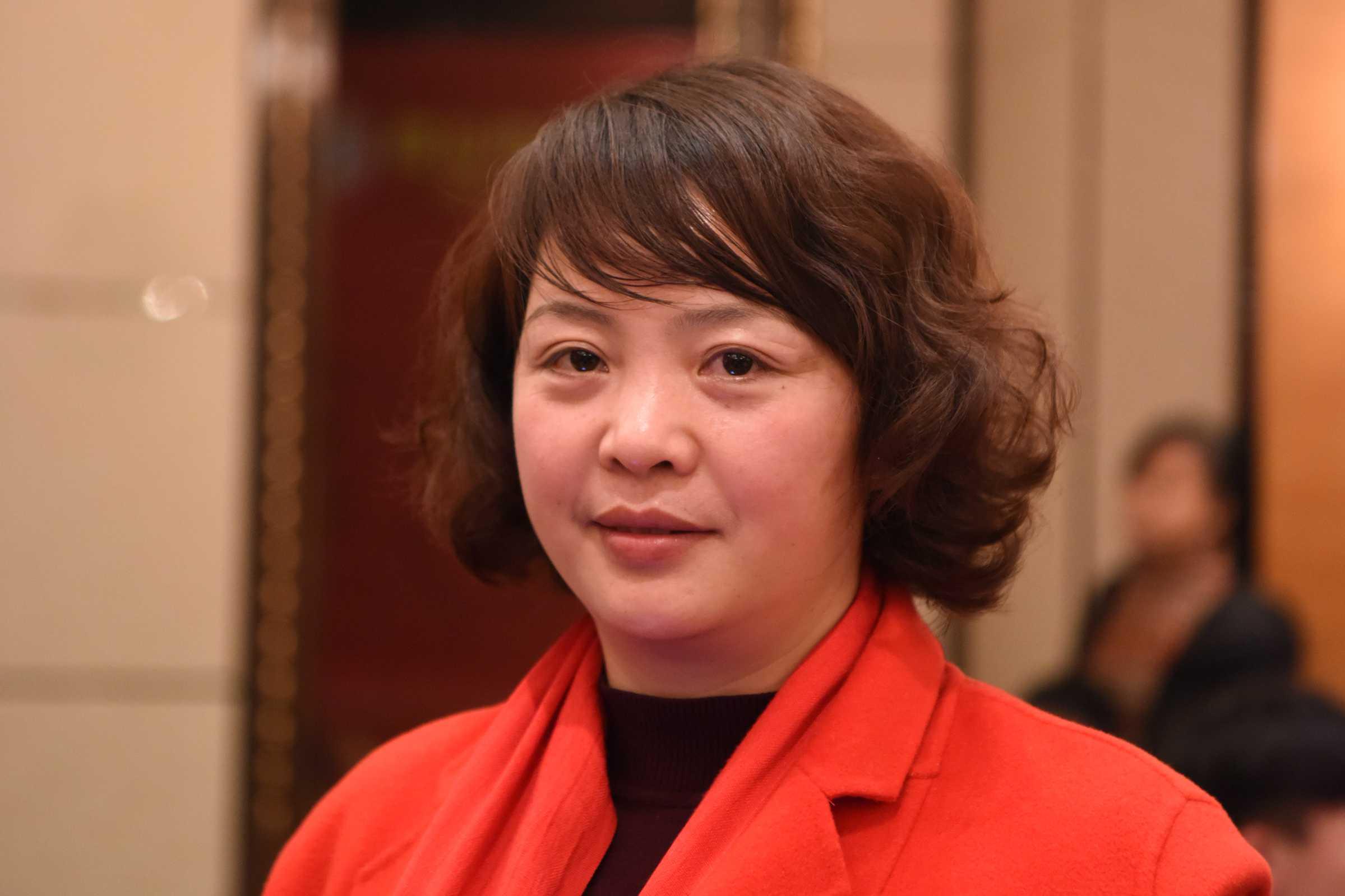 常务副会长柴春芳